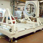 Automatizadas y robotizadas. Máquinas PLC y útiles. Útil de integración de satélite