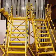 Equipo auxiliar. Plataformas, escaleras